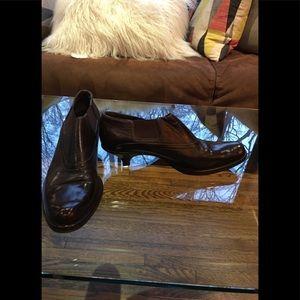 Vintage Prada Bootie with kitten heel size 39